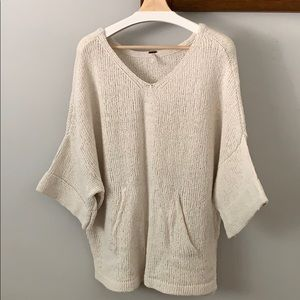 Free People short sleeve oversized sweater. Size S